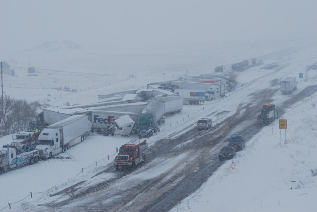 I-80 Wyoming pileup 4-16-2015